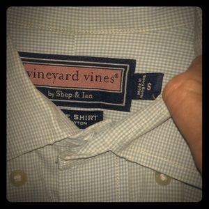 Vineyard vines whale button down shirt